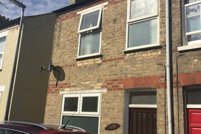 Thumbnail Flat to rent in Thoday Street, Cambridge