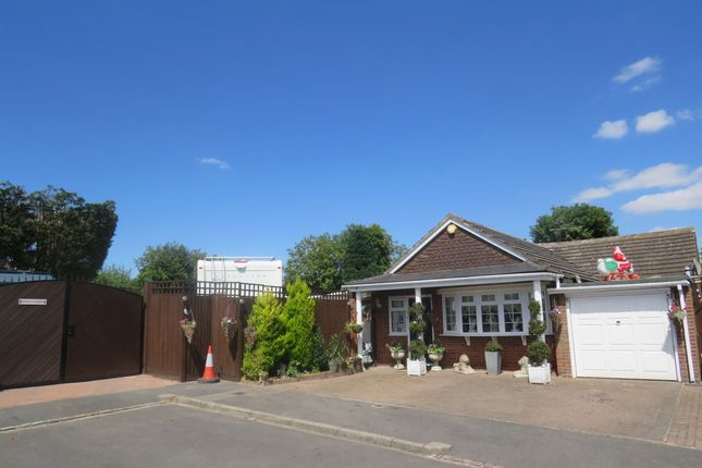 Thumbnail Detached bungalow for sale in Barley Brow, Dunstable