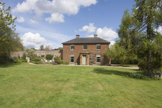 Thumbnail Detached house for sale in Old Vicarage Lane, Priors Marston, Warwickshire