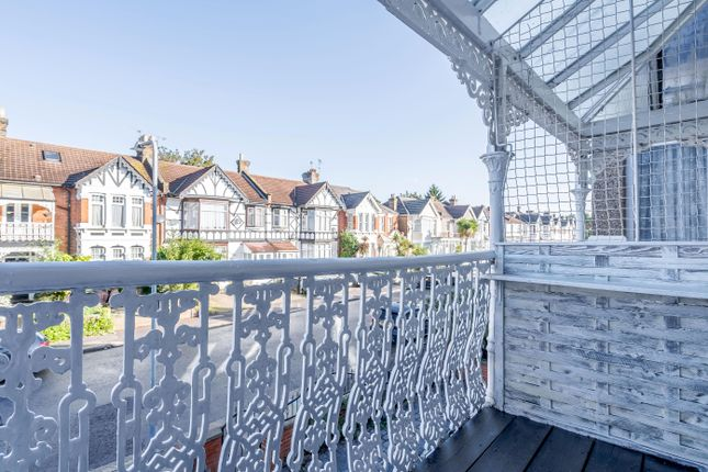 3 bed flat for sale in Clarendon Gardens, Cranbrook, Ilford IG1