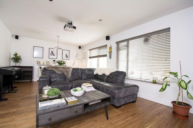 Living Room 4 of Meadow Road, Bushey WD23