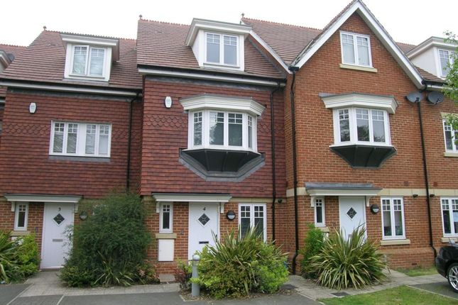 Thumbnail Terraced house to rent in Priory Fields, Watford