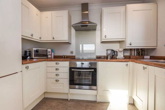 Kitchen of 484-494 New North Road, Ilford IG6