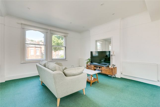 Thumbnail Flat to rent in Fulham Park Gardens, Fulham/Parsons Green, London