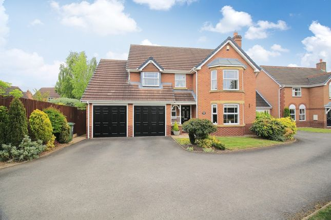 Thumbnail Detached house for sale in Hazelton Close, Solihull