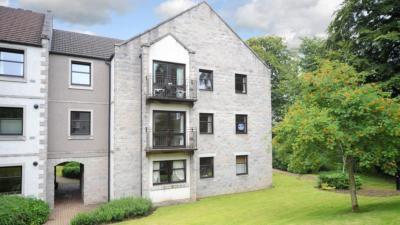 Thumbnail Flat to rent in Craigieburn Park, Springfield Road