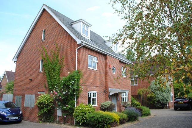 Thumbnail Detached house to rent in Cudbury Drive, Fleet