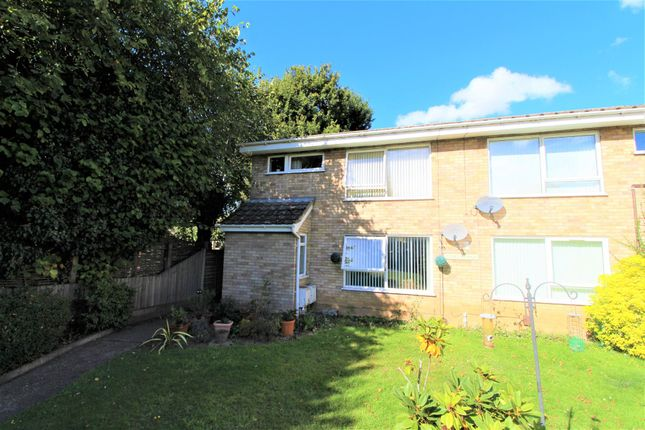 Thumbnail Maisonette for sale in Shrub End Road, Colchester