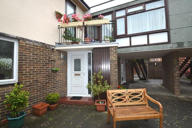 Photo 2 of Cadogan Court, Christchurch Road, Worthing BN11