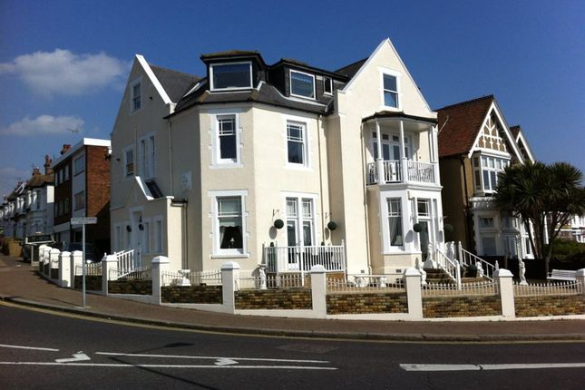 Thumbnail Flat to rent in Westcliff Parade, Westcliff-On-Sea