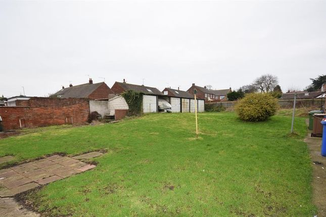 Thumbnail Land for sale in Long Lane, Bridlington