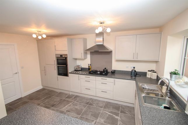 Kitchen/Diner of St Dominic's Place, Hartshill, Stoke-On-Trent ST4