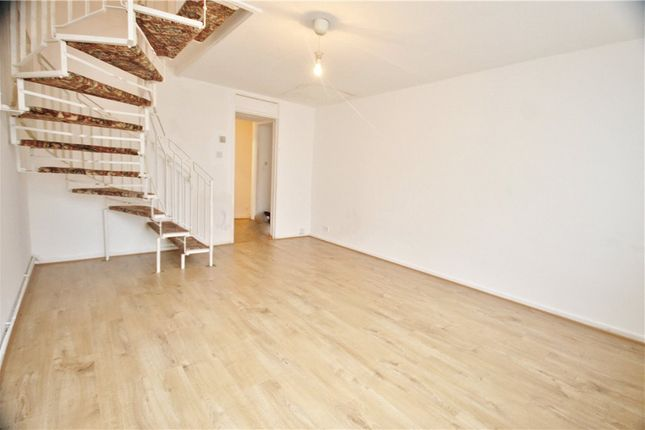 Thumbnail End terrace house to rent in Lainlock Place, Hounslow