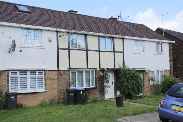 Thumbnail Terraced house to rent in Wauthier Close, Palmers Green