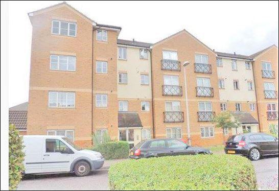Thumbnail Flat to rent in Friars Close, Newbury Park
