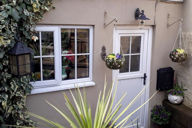 Thumbnail Terraced house for sale in 4 Grosvenor Road, Y Fenni