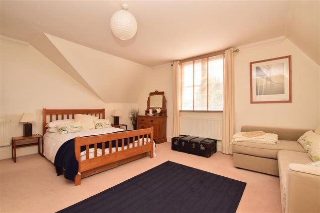 Bedroom 3 of Reigate Road, Leatherhead, Surrey KT22
