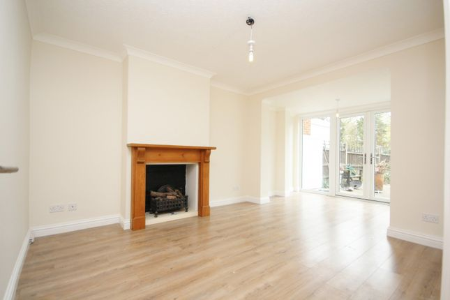 Thumbnail Property to rent in Beauly Way, Romford
