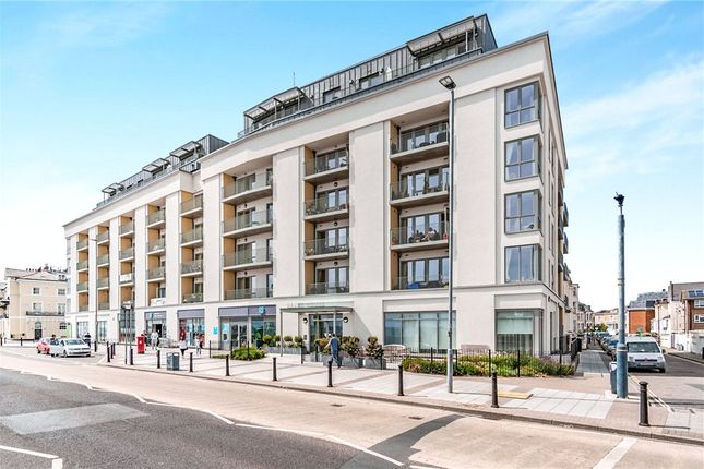 Thumbnail Flat for sale in Savoy House, South Parade, Southsea