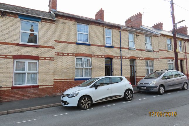 1 bed flat to rent in Charles Street, Barnstaple EX32