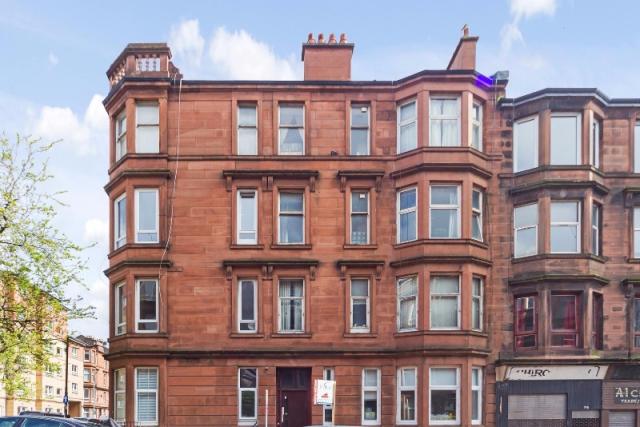 2 bed flat to rent in Hillfoot Street, Dennistoun, Glasgow, 2Lf