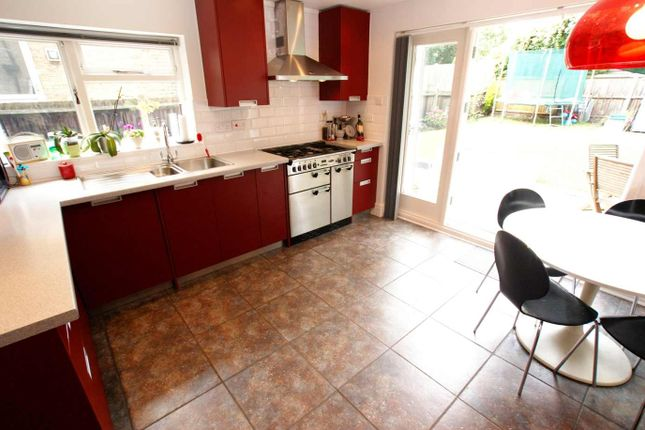 Thumbnail Terraced house to rent in Knighton Park Road, London