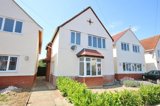 Thumbnail Detached house to rent in St. Marys Road, Frinton-On-Sea