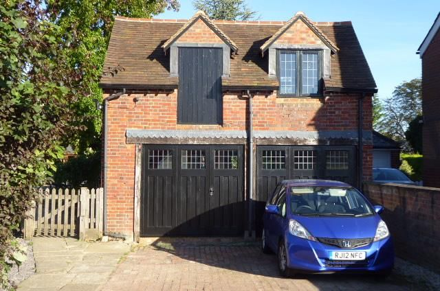 Thumbnail Detached house to rent in Jubilee Road, Littlewick Green, Maidenhead