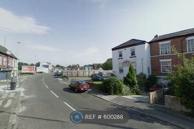 Thumbnail 3 bed maisonette to rent in Lower Broughton Rd, Salford