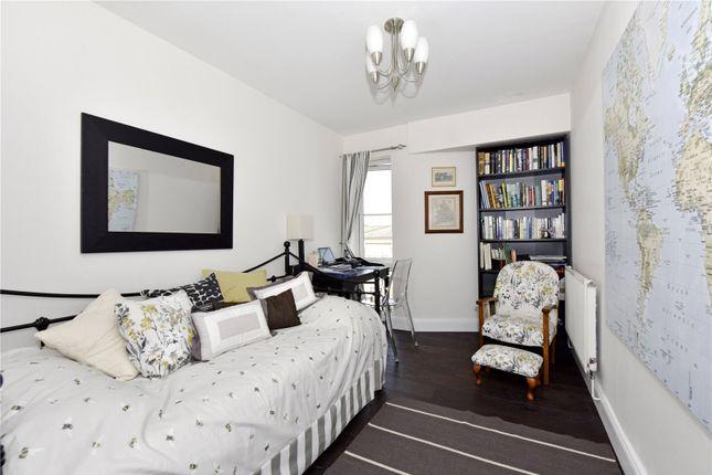 Picture No. 10 of Trevelyan Court, Windsor, Berkshire SL4