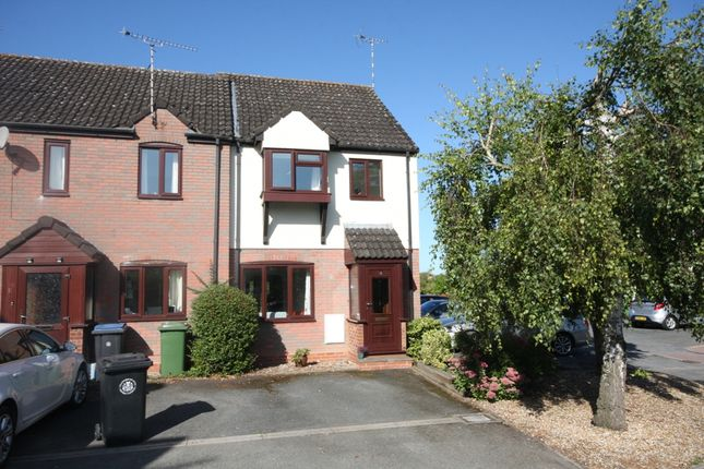 Thumbnail Terraced house for sale in Willow Close, Alcester