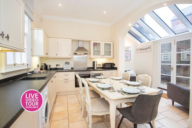 Thumbnail End terrace house to rent in Skeldergate, York