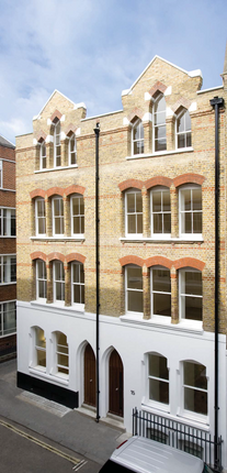 Thumbnail Office to let in Carlisle Street, London
