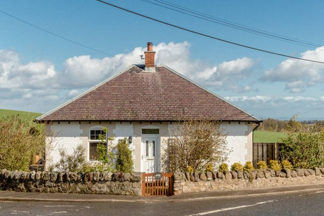 Thumbnail Cottage for sale in Crossroads Cottage, Gourlaw, Rosewell
