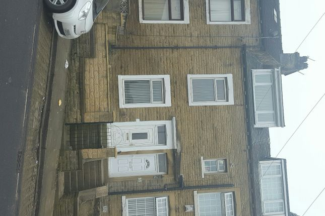 Thumbnail Terraced house to rent in Farnham Road, Bradford
