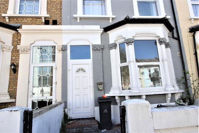 5 bed terraced house to rent in Ruckholt Road, Leyton, London E10