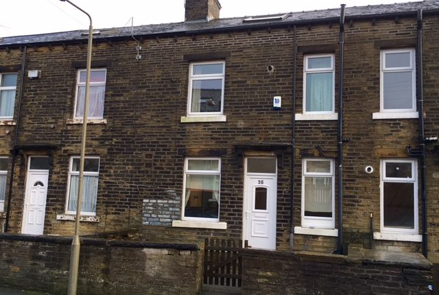 2 bed terraced house to rent in Eton Street, Halifax