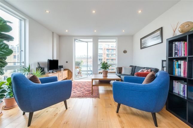 3 bed flat for sale in Hertford Road, Islington, London