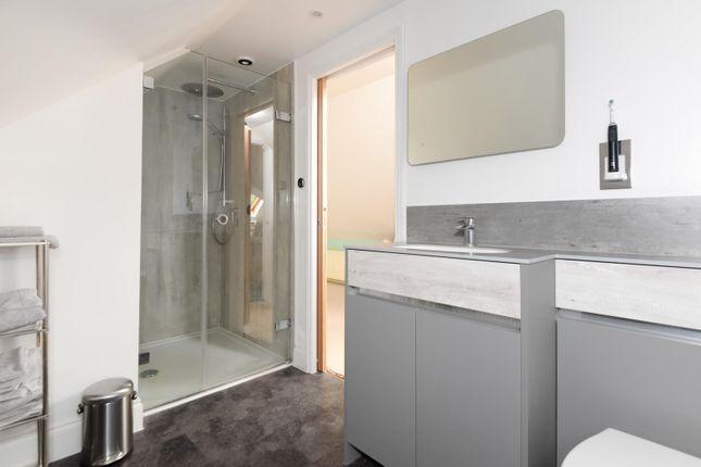 En-Suite of Canterbury Road, Challock, Ashford TN25