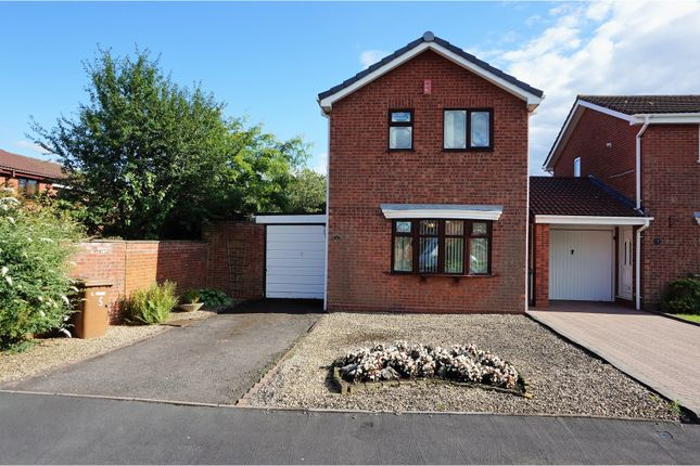 Thumbnail Detached house for sale in Green Meadow Road, Willenhall