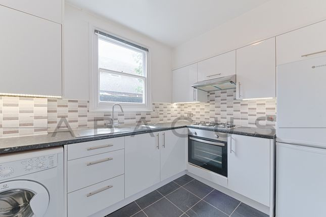 Thumbnail Flat to rent in Cornwall Gardens, Willesden Green
