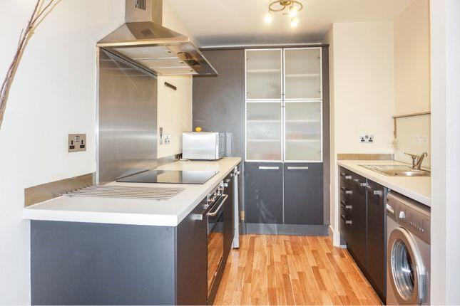 Living Kitchen of 33 Little Peter Street, Manchester M15