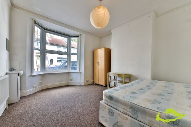 Thumbnail Shared accommodation to rent in Upper Lewes Road, Brighton