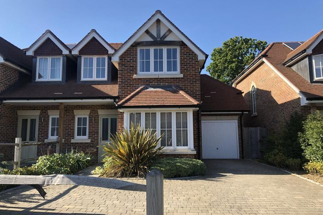 Thumbnail Semi-detached house to rent in Fernbank Road, Ascot