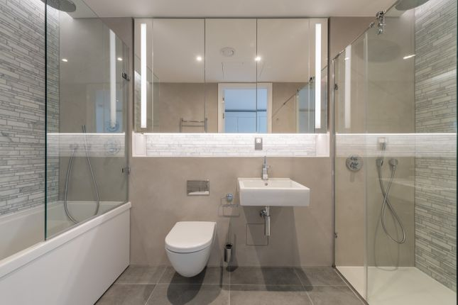 Bathroom of Bubbling Well Square, London SW18
