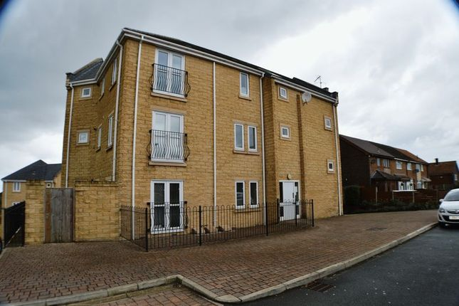 Thumbnail Flat for sale in Hare Hill Road, Hyde