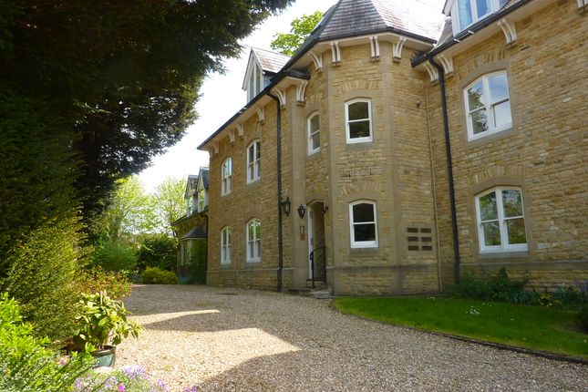 Thumbnail Flat for sale in Enstone Road, Charlbury, Chipping Norton