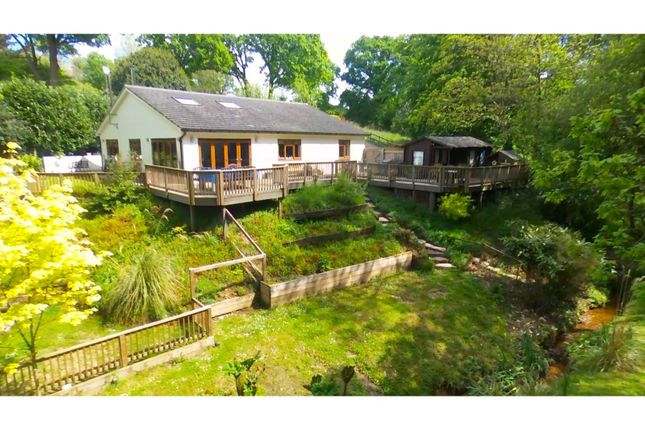 Thumbnail Detached house for sale in Haughurst Hill, Tadley
