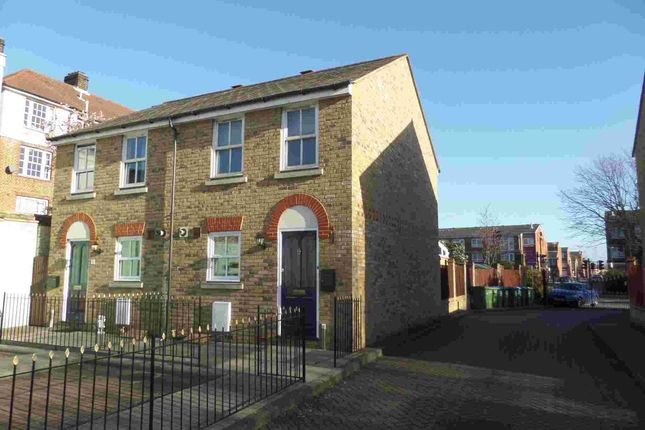 Thumbnail Semi-detached house to rent in Twycross Mews, Greenwich, London