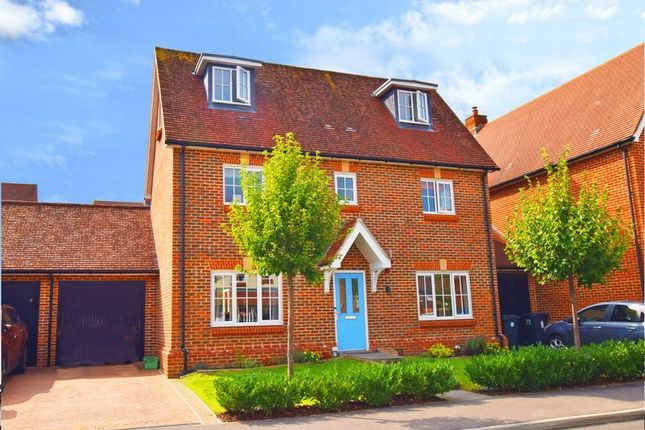 Thumbnail Link-detached house for sale in Baxendale Way, Uckfield